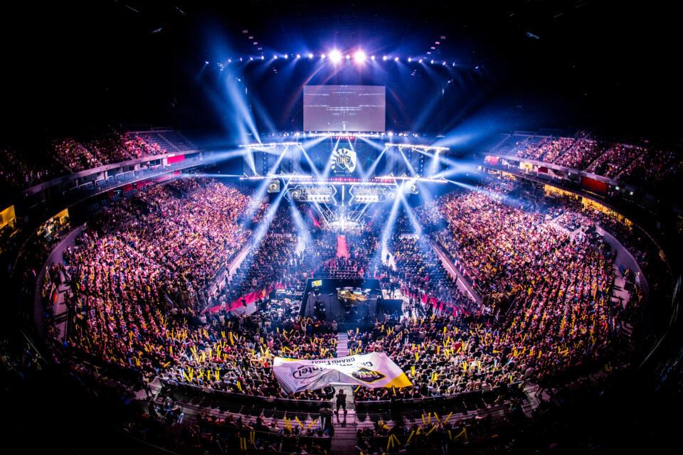 Sparkling e-sports world