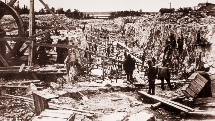 Canal construction used to be a grueling and dangerous bone grinding job. The construction of the Panama Canal alone is said to have cost 28,000 lives. The use of forced labor was not uncommon, as shown here in this picture of the White Sea-Baltic Canal construction project (1931–1933) in Russia