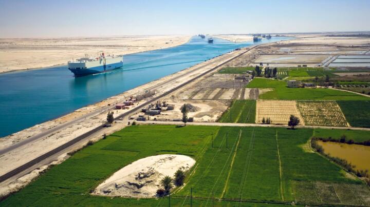 ... der Suezkanal (17.000) ...
