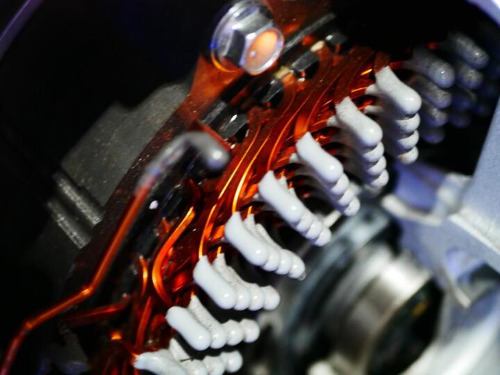 Beim Haarnadel-Verfahren wird viel Kupfer in die Spule eingebracht. Der sogenannte Füllfaktor ist entsprechend hoch