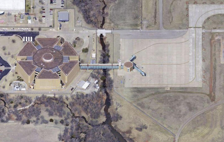 <strong>Will Rogers Airport </strong>– passengers landing here may be serious perps: one of the gates of Oklahoma City's airport leads directly into the cell block of the local prison.