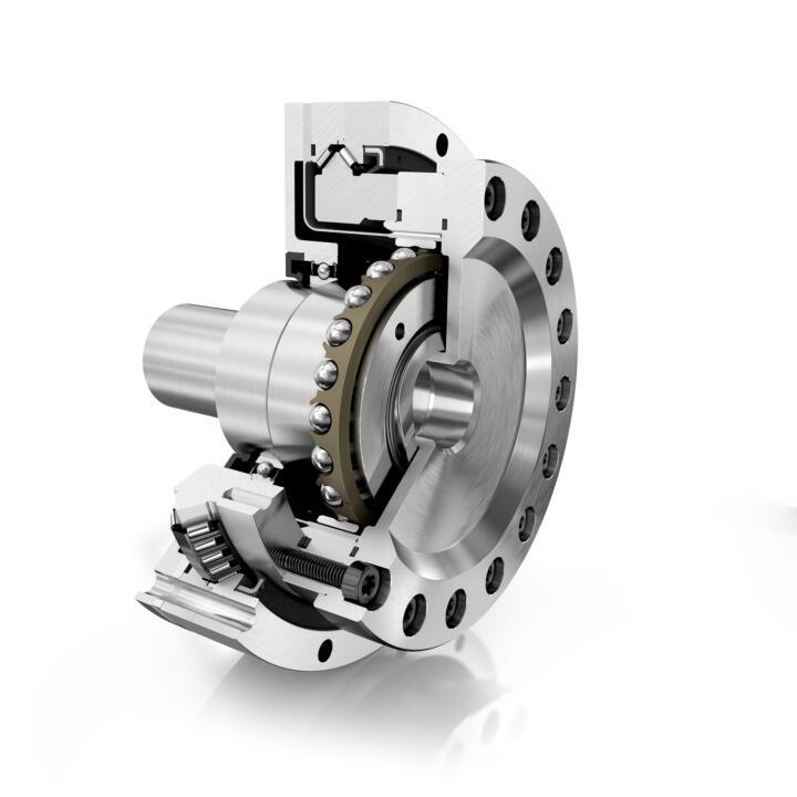 <strong>2. Präzisionsgetriebe:</strong> Schaeffler bietet für Robotergelenke einbaufertige Untersetzungsgetriebe, sogenannte Speed Reducer, in Silk-Hat-Ausführung an. Durch das Funktionsprinzip des Wellgetriebes erhält man hohe Untersetzungen und entsprechend hohe Drehmomente bei einer verhältnismäßig leichten Bauweise. Das neue Präzisionsgetriebe Schaeffler DuraWave der Baureihe RTWH zeichnet sich durch Spielfreiheit, Positioniergenauigkeit, Kompaktheit und Beständigkeit beziehungsweise eine hohe Lebensdauer aus.