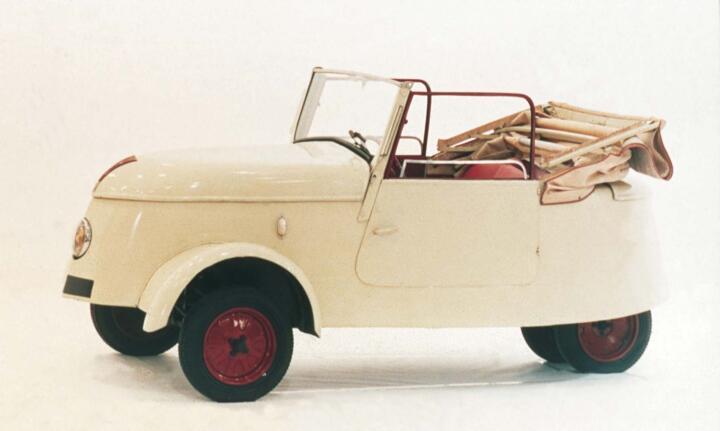<strong>1940</strong><br/>30 km/h Spitze, 80 km Reichweite: Der an der Steckdose aufladbare Peugeot VLV sollte den Benzinrationierungen der deutschen Besatzer ein Schnippchen schlagen.