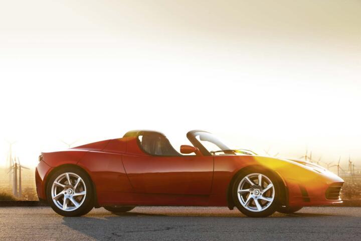 <strong>2006</strong><br/>A new passenger car manufacturer emerges: Tesla, a specialist in electric vehicles challenging established brands. Its first car: a roadster incorporating Lotus technology. Powered by 292 hp, it's more than 200 km/h (124 mph) fast and goes on sale in 2008. Today, Tesla produces more than 50,000 cars per year.