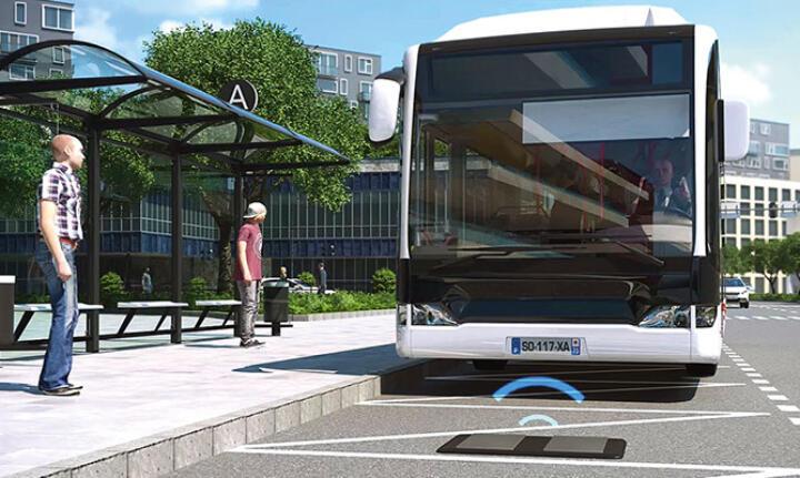 <br/>Das SRS-System von Alstom hat sich bei Straßenbahnen bereits bewährt. Hier reichen 20 Sekunden, um Strom bis zur nächsten Haltestelle zu tanken