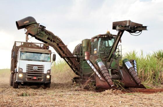 Stählerne Landarbeiter